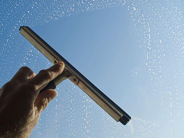 Entreprise de nettoyage de surfaces vitrées